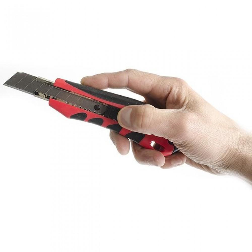 Фото №1 - Нож с отломным лезвием 18 мм, металлическая направляющая, противоскользящий корпус, дробилка INTERTOOL HT-0506