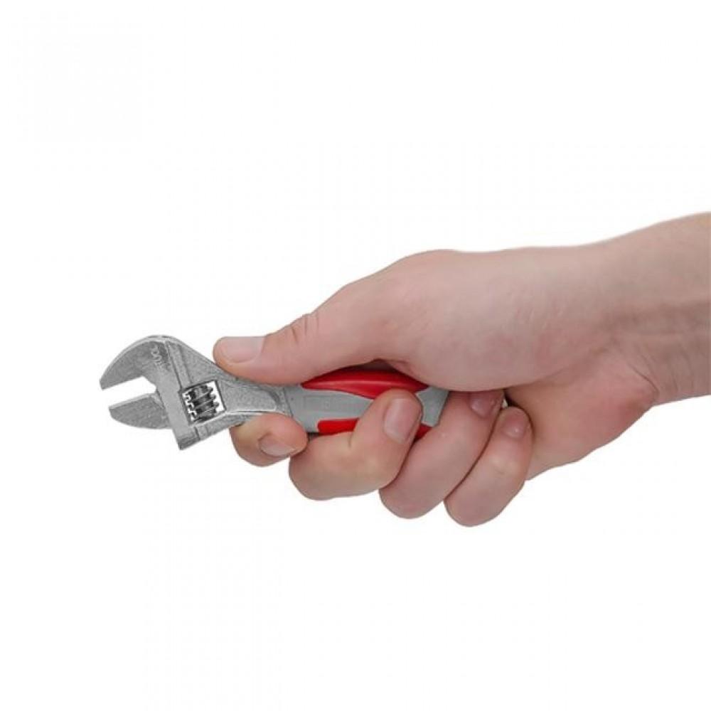 Фото №1 - Ключ разводной 150 мм, изолированная рукоятка, никелевое покрытие INTERTOOL XT-0015